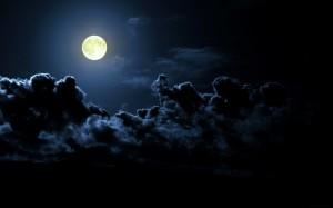 cloudy-full-moon-1440x900